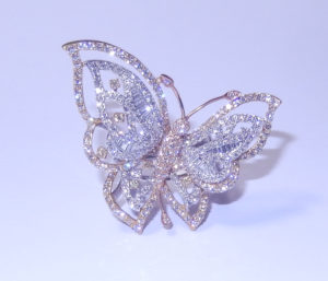 Diamantring 3D Schmetterling, 2.37 Karat Diamanten, 750/18K Gold